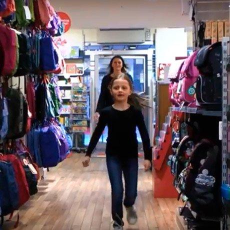 Emilja präsentiert sein INTERMEDIATE Kinder Schultasche