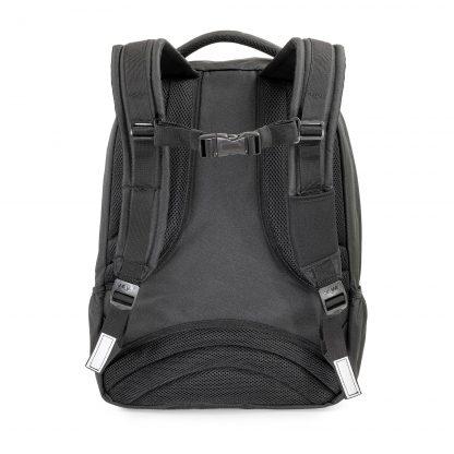 rucksack schwarz von hinten gesehen