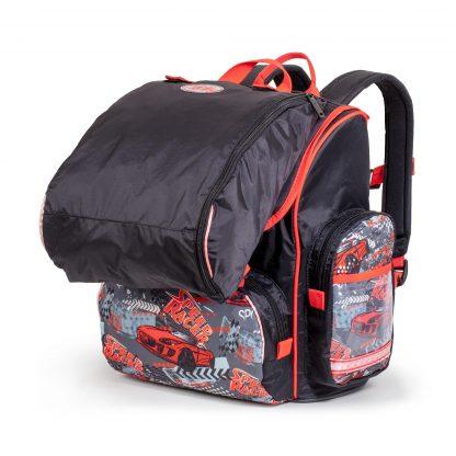 Schultasche mit der Sporttasche